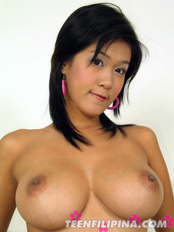busty-bangkok-model-irene-fah-can-barely-control-her-tits