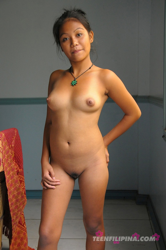 hardcore-by-the-pool-with-sexy-filipina-babe-joy