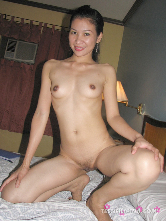sweet-filipina-girl-next-door-loves-to-get-naked
